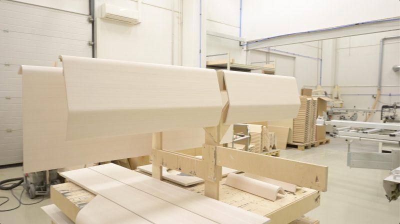 Puusepän työ pitää sisällään puumateriaalien työstämistä niin koneellisesti kuin käsinkin.